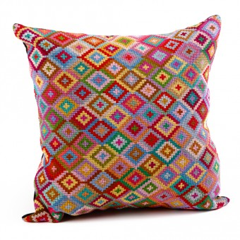 Embroidered Cushion Cover - Small Hejab Pattern