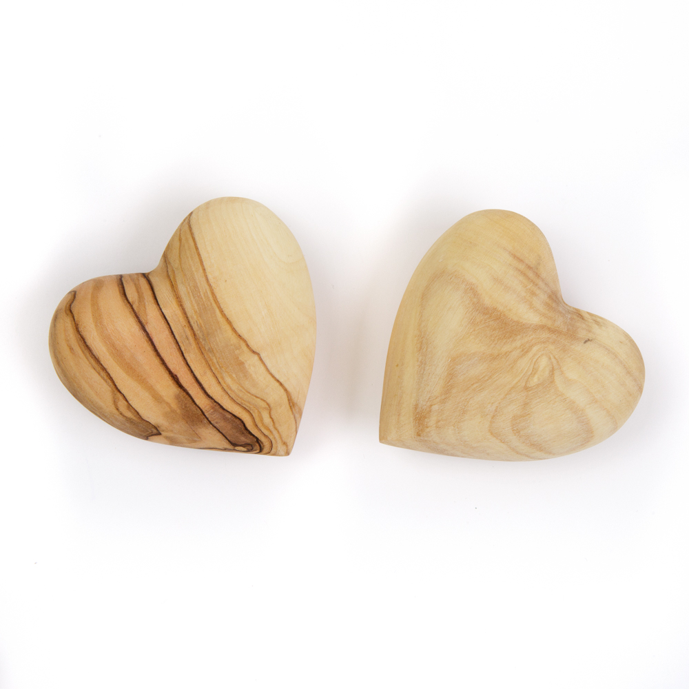 Olivewood Heart (L)